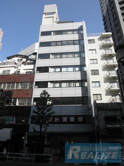 新宿区西新宿の賃貸オフィス・貸事務所 岡山ビル
