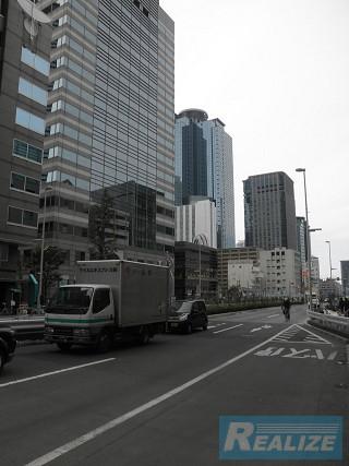 新宿区西新宿の賃貸オフィス・貸事務所 TSビル