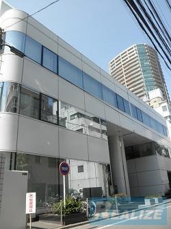 新宿区西新宿の賃貸オフィス・貸事務所 三井花桐ビル