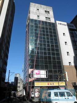 新宿区西新宿の賃貸オフィス・貸事務所 YHSビル