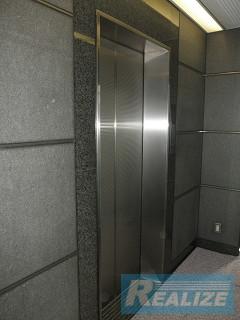 新宿区新宿の賃貸オフィス・貸事務所 MATSUDA.BLD