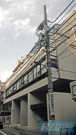 新宿区新宿の賃貸オフィス・貸事務所 カールツァイス新宿別館