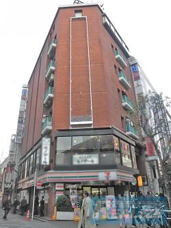 新宿区歌舞伎町の賃貸オフィス・貸事務所 灯ビル