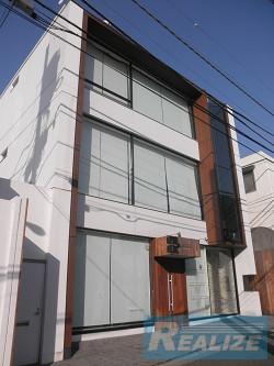 QC Cube神宮前57
